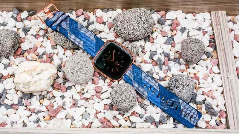 Review Fitbit Versa 2